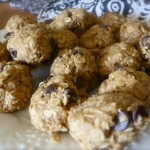 """No-Bake"" Peanut Butter Chocolate Chip Balls"
